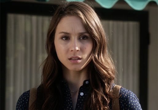 pretty-little-liars-spencer-featured