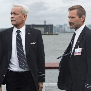 sully-2016-movie-review-tom-hanks-aaron-eckhart